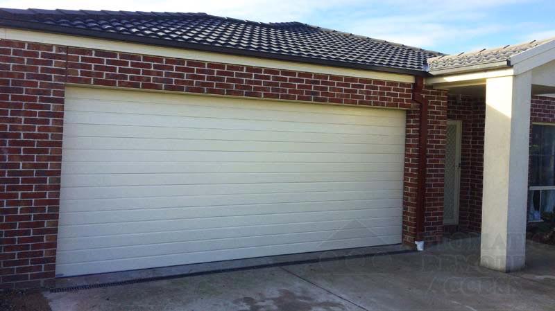 Surfmist Panel/Sectional Garage Door