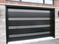 Custom design garage door lunetta