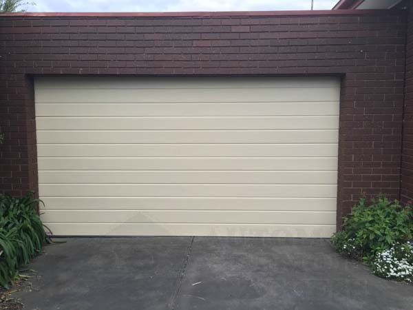 Residential Sectional Garage Door : Cheap residential garage doors melbourne automatic